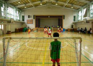 南砂小学校体育館